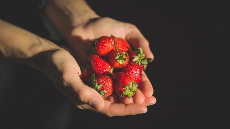 Strawberries with gravy?